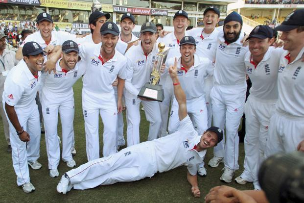 england team--621x414